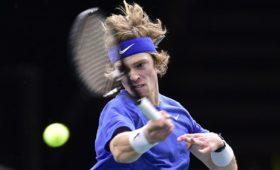 Теннисист Рублев выиграл турнир ATP в Дохе