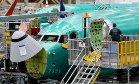 Сотрудник Boeing в переписке назвал 737MAХ «спроектированным клоунами»