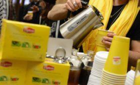 Unilever отказался от продаж в России листового чая Lipton и Brooke Bond