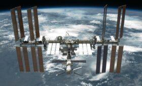 Конфликт американцев с россиянами на МКС объяснили «неумением сверлить»
