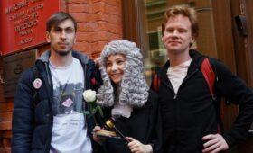 Суд вынес приговор активистам за протест у здания Генпрокуратуры